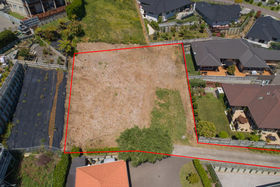 HELENE: Sections for sale tauranga
