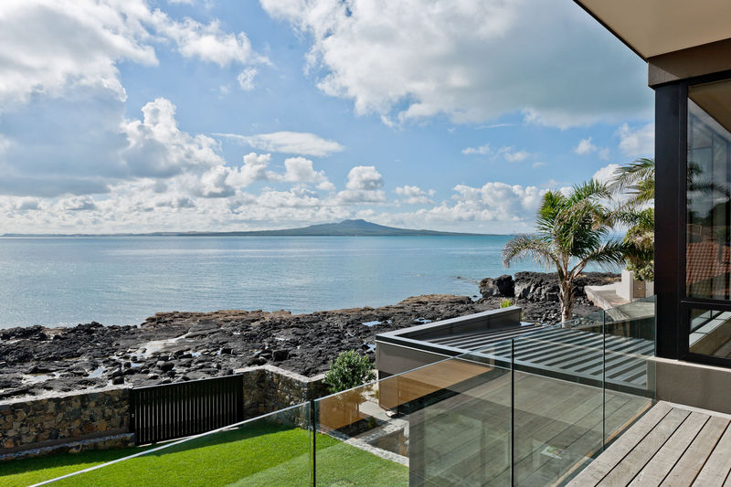 Open2view id 369883 33 kitchener road property for for 3 kitchener road takapuna