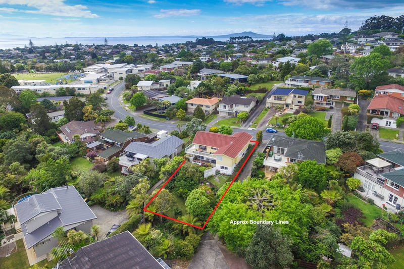 Open2view id 383833 property for sale in mairangi bay new zealand - Creative home with beautiful panorama to provide total comfort living ...