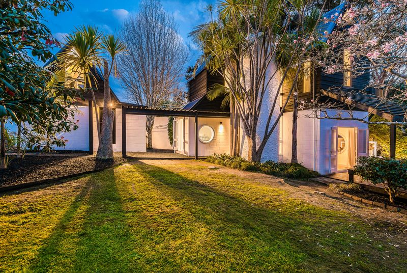Open2view Id 322438 Property For Sale In Titirangi New