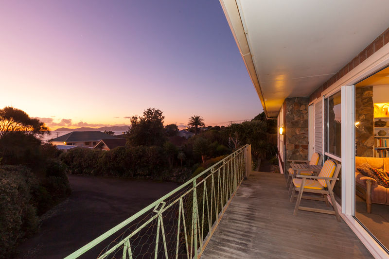 Open2view id 344333 property for sale in paekakariki for Room design kapiti