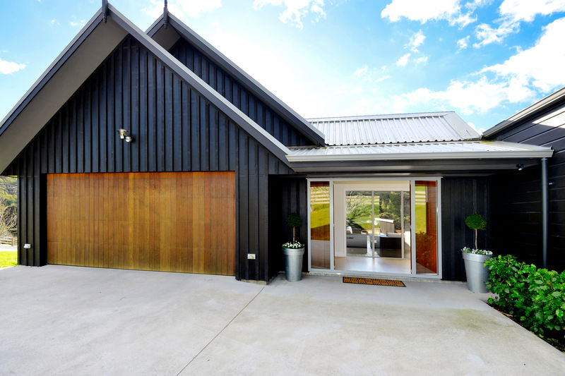 Board and batten house plans nz for Coastal home designs nz